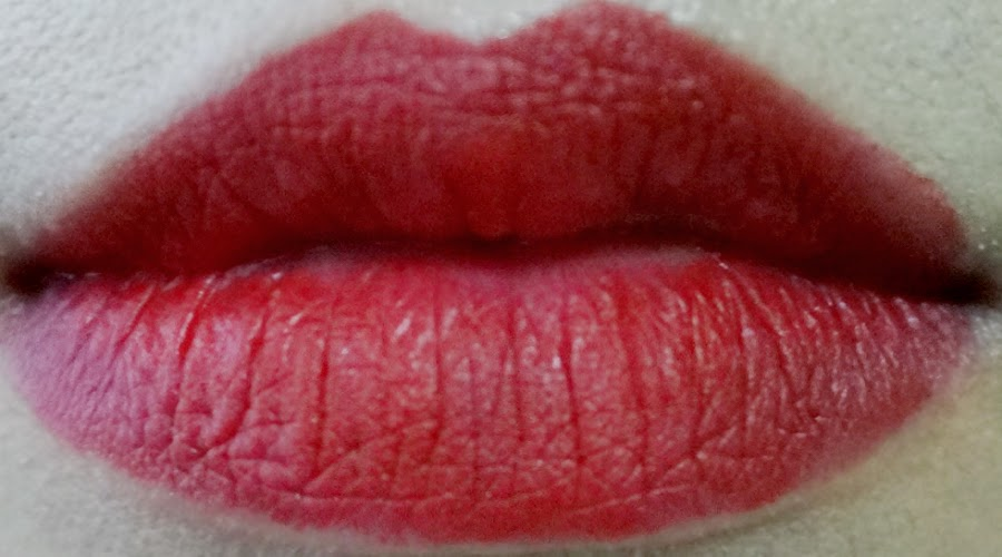 Swatches: MAC Lipstick in Ruby Woo
