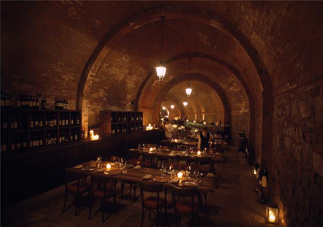 Italian-restaurant-castel-monastero-cantina