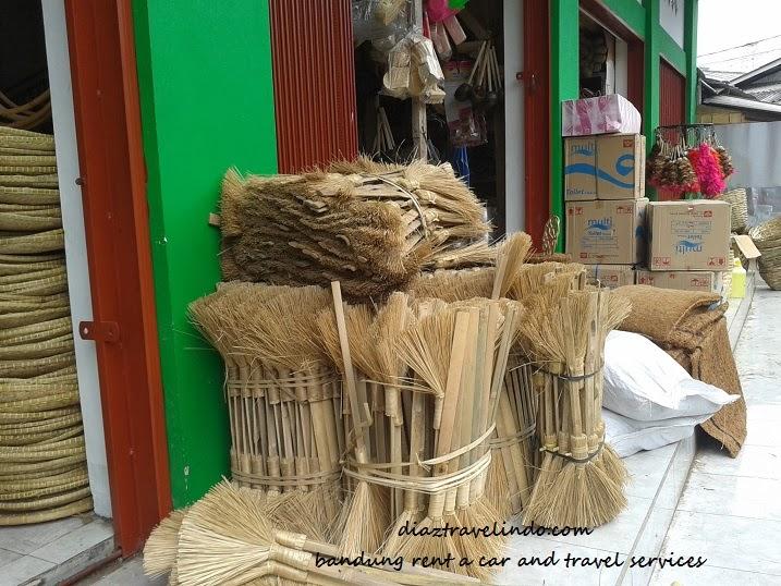 wood crafts bandung
