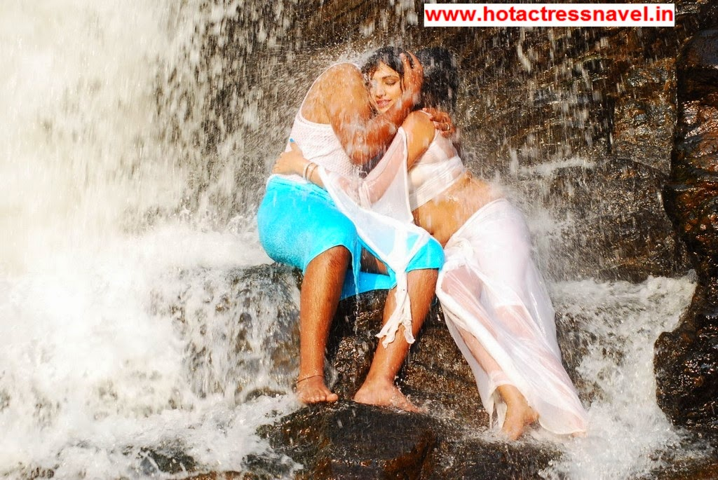 Haripriya Hot Navel In Wet White Sari In Yuvakudu Movie