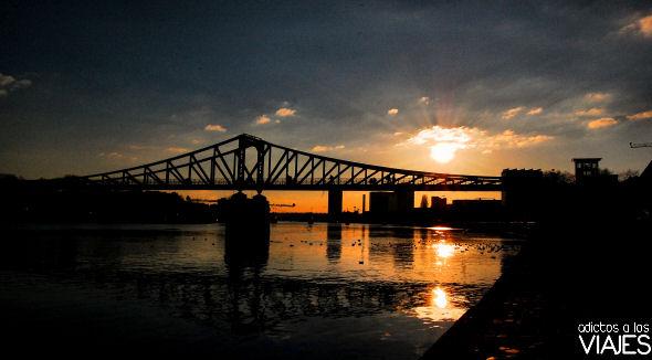 atardecer en rio meno frankfurt