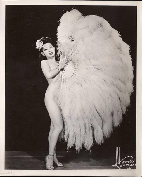Burlesque vaudeville dance by yankeeamerican blonde - 3 8