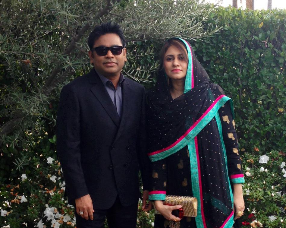 Ar rahman with wife saira bhanu photos cinemayam for Saira banu granddaughter