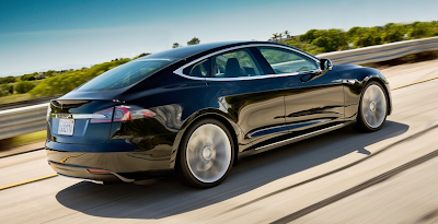 2013 Tesla Model S black rear three quarter angle