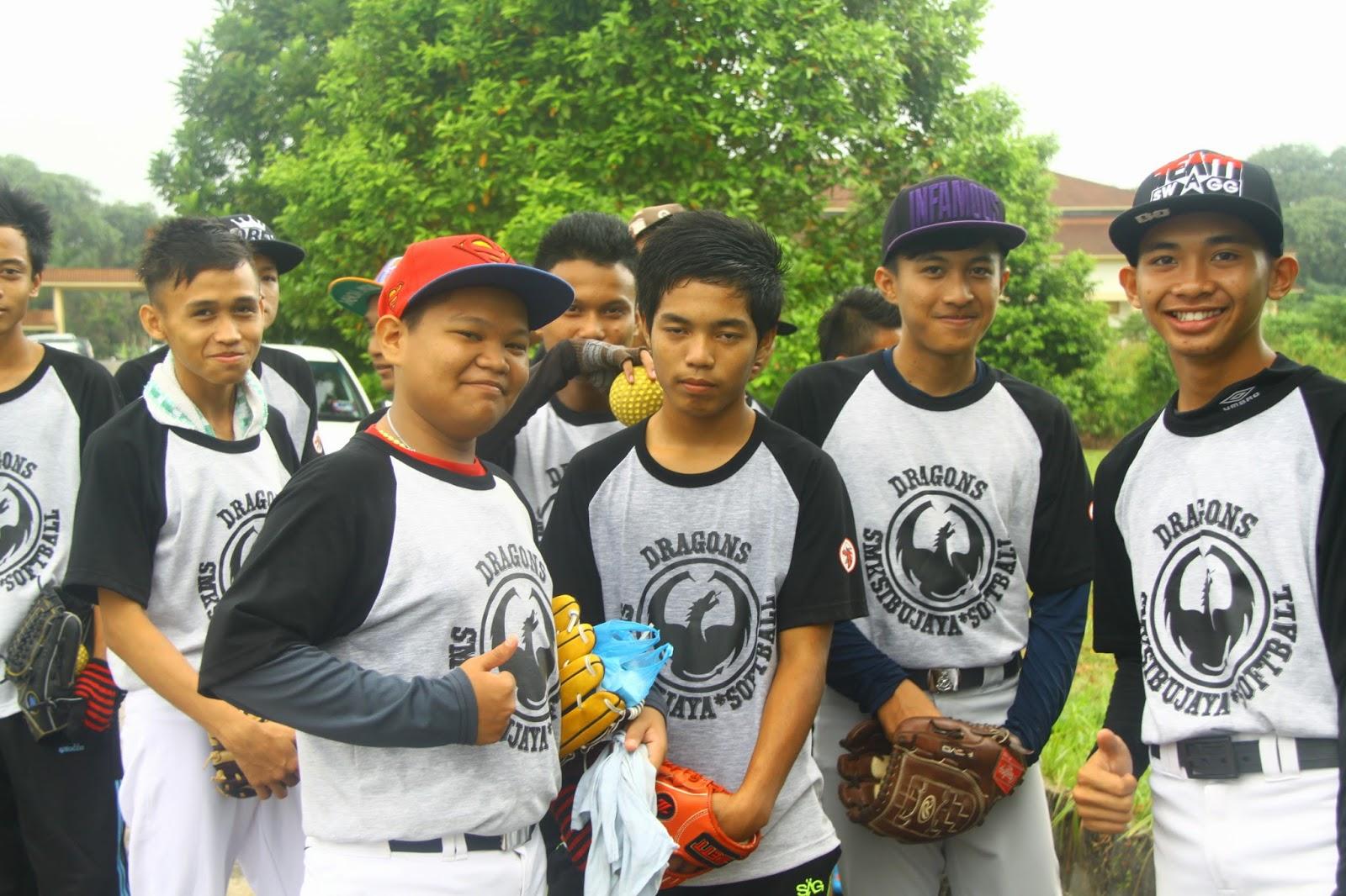 Kejohanan Sofbol MSS Sibu 2014 : Johan Berganda!