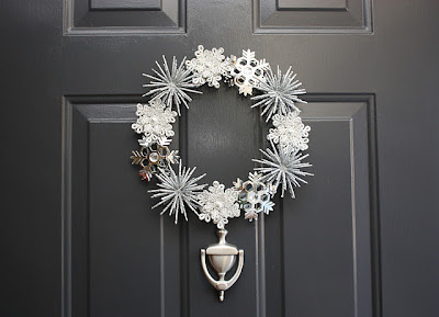 wreath, christmas wreath, holiday wreath