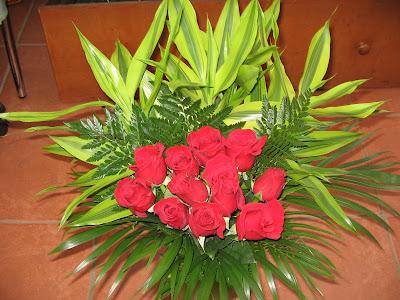 dozen roses for valentines day