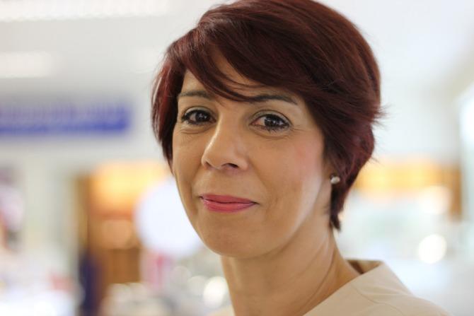 Origins sales consultant, Lavina