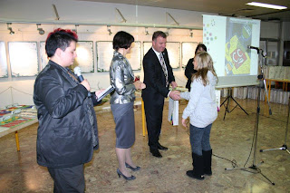 Podelitev nagrad udeležencem enega od natečajev Cinkarne Celje - intervju Sintalček 59
