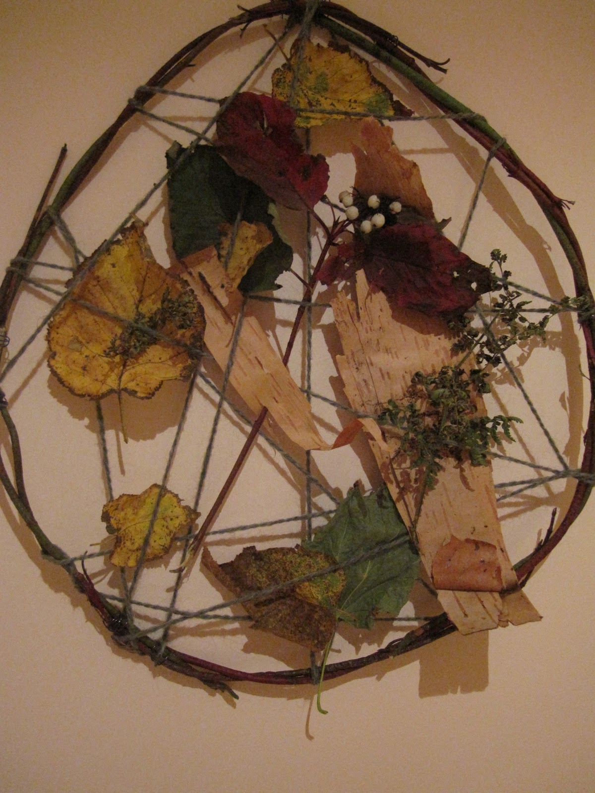 Our island home autumn nature crafts bricolages d 39 automne for Crafts made from nature
