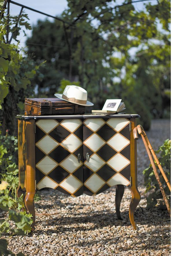 Tidlösa hem Klassiska möbler tidlöst