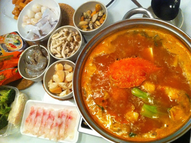 Korean Spicy Seafood Kimchi Soup