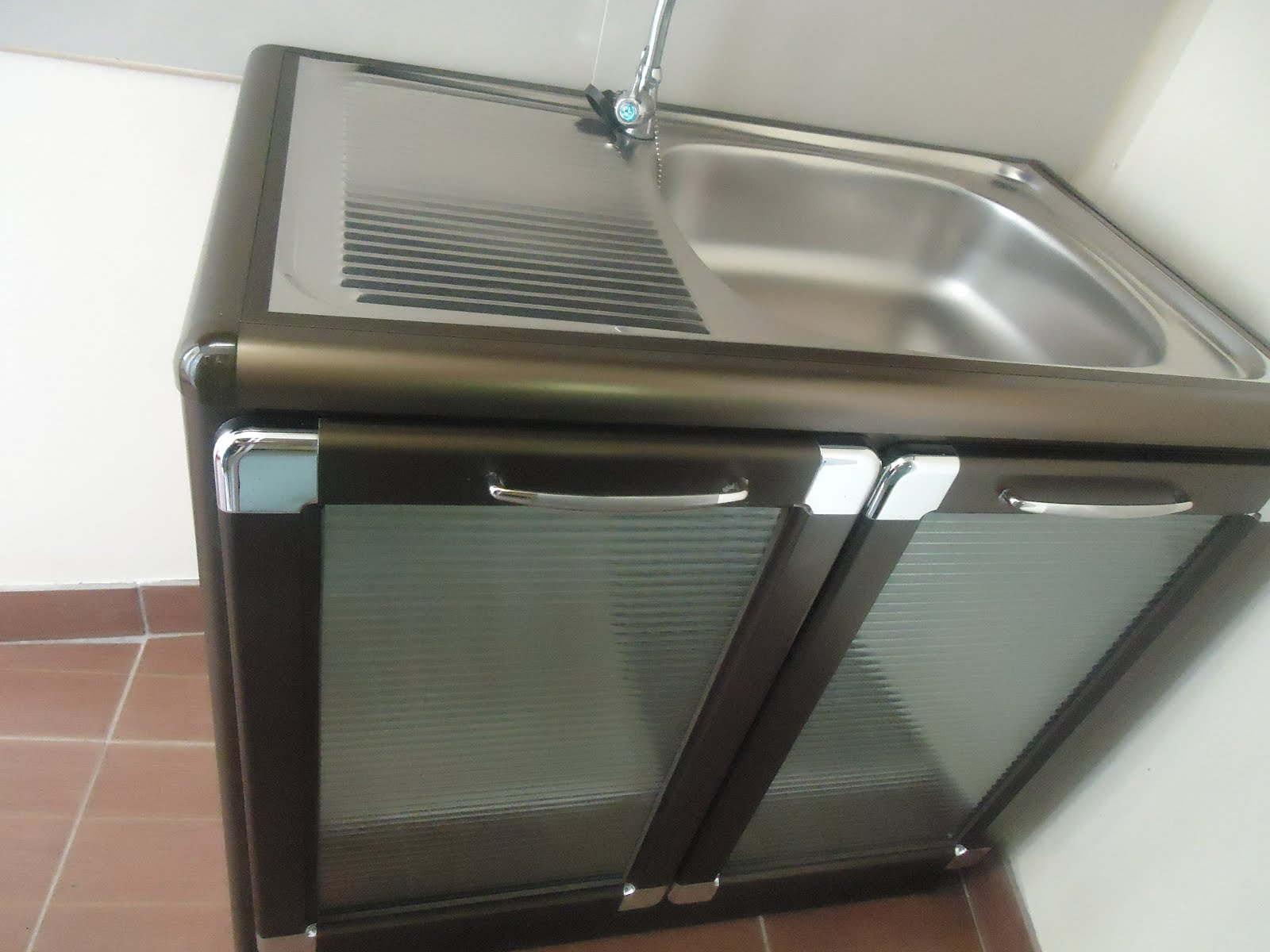 Home Sweet Home: Portable Kitchen Sink