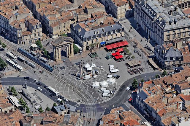 Vue aerienne de la Place de la Victoire à Bordeaux