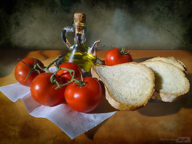 pa-amb-tomaquet-bodegón-vista-alzada