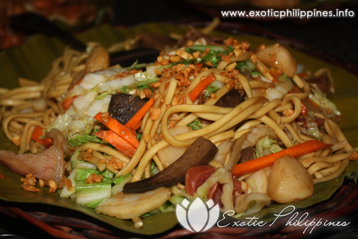 Lantaw Floating Native Restaurant Cordova Pancit Canton