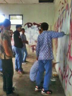 Memperingati HARDIKNAS Siswa SMK Piri 3 Yogyakarta Melakukan Gerakan Anti Vandalisme