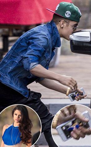 Justin Bieber Has Selena Gomez Photo as His iPhone Screensaver