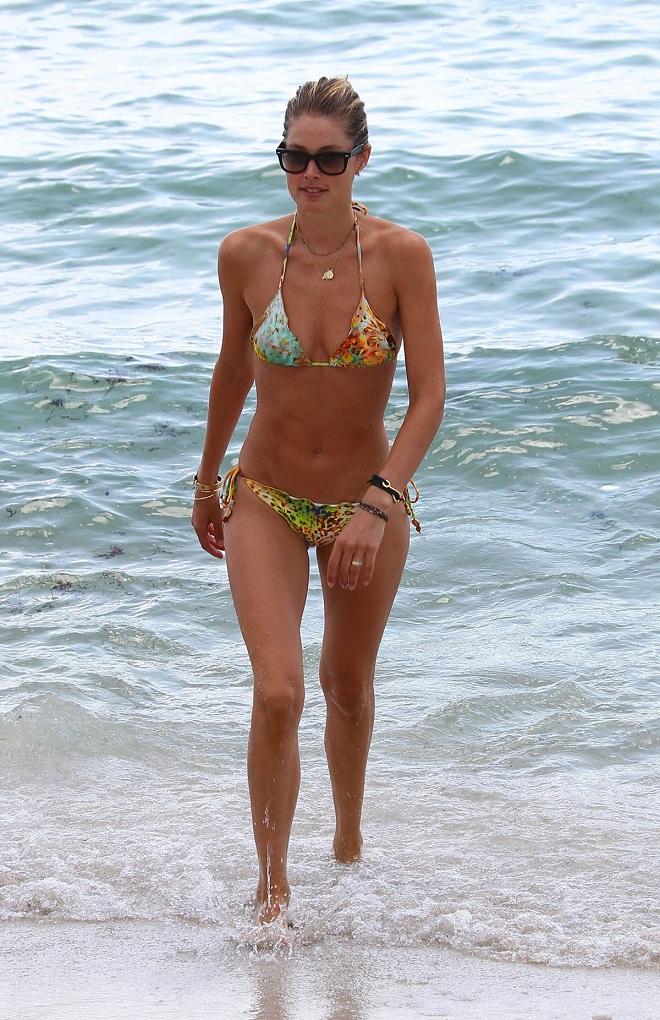 Doutzen Kroes Bikini Bodies Pic 5 of 35