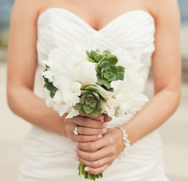 a modern green and white wedding