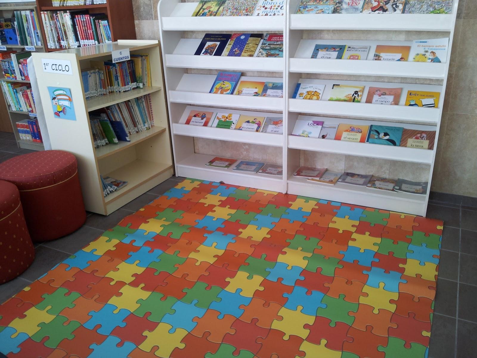 Biblioteca escolar el burgo rinc n de lectura infantil - Decorar un rincon del salon ...