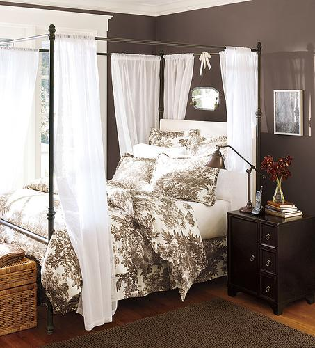 Bedroom Decorating Ideas Totally Toile: Interiors Etc. Details: Totally Toile