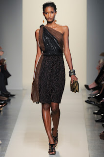 Kurze und lange Kleider - Summer 2012 Collection Bottega Veneta - Milan Fashion Week