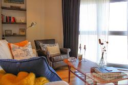 Piso de tres dormitorios en venta en Ronda de Montealto, vistas, garaje. 290.000€