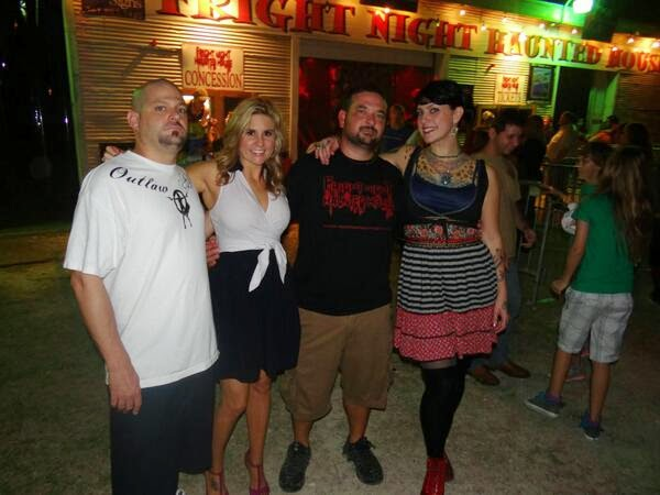 Brandi Passante con amigos