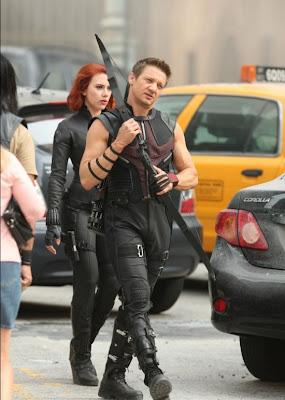 the_avengers_hawkeye_black_widow