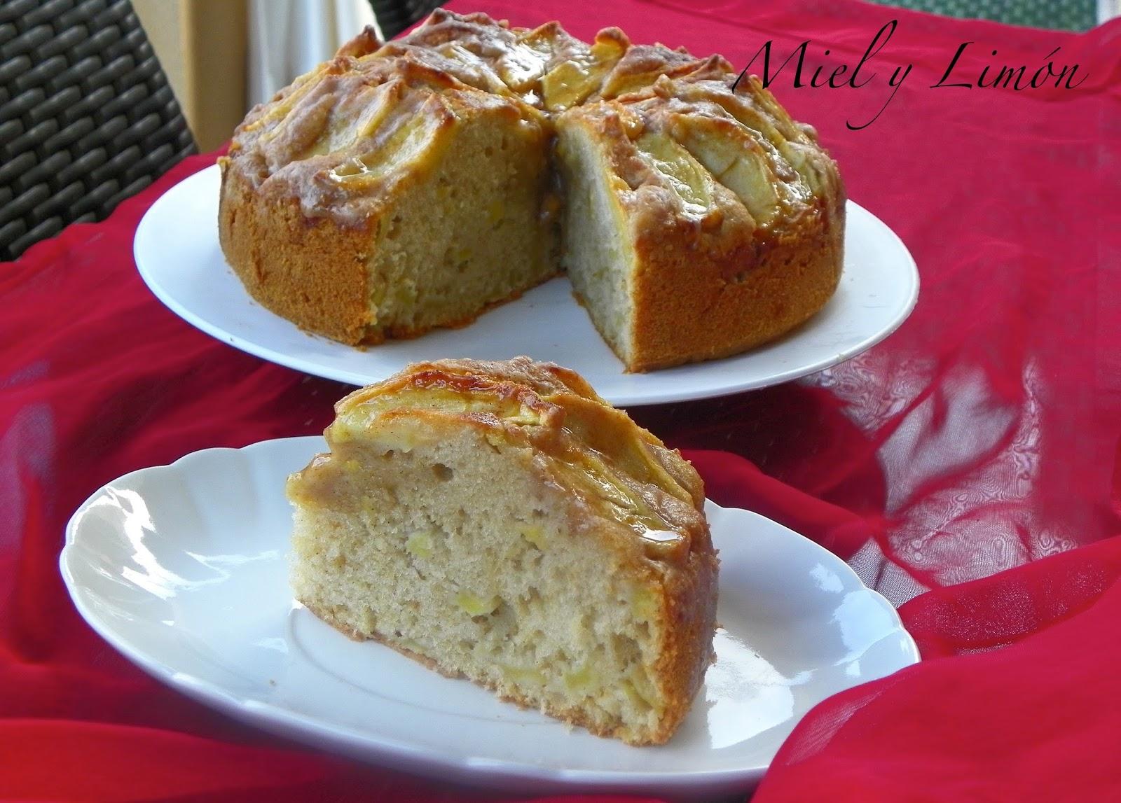 Miel y lim n bizcocho de manzana y canela for Bizcocho de manzana y canela
