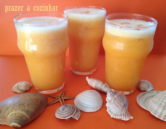 prazer a cozinhar - sumo de laranja, meloa e pêssego