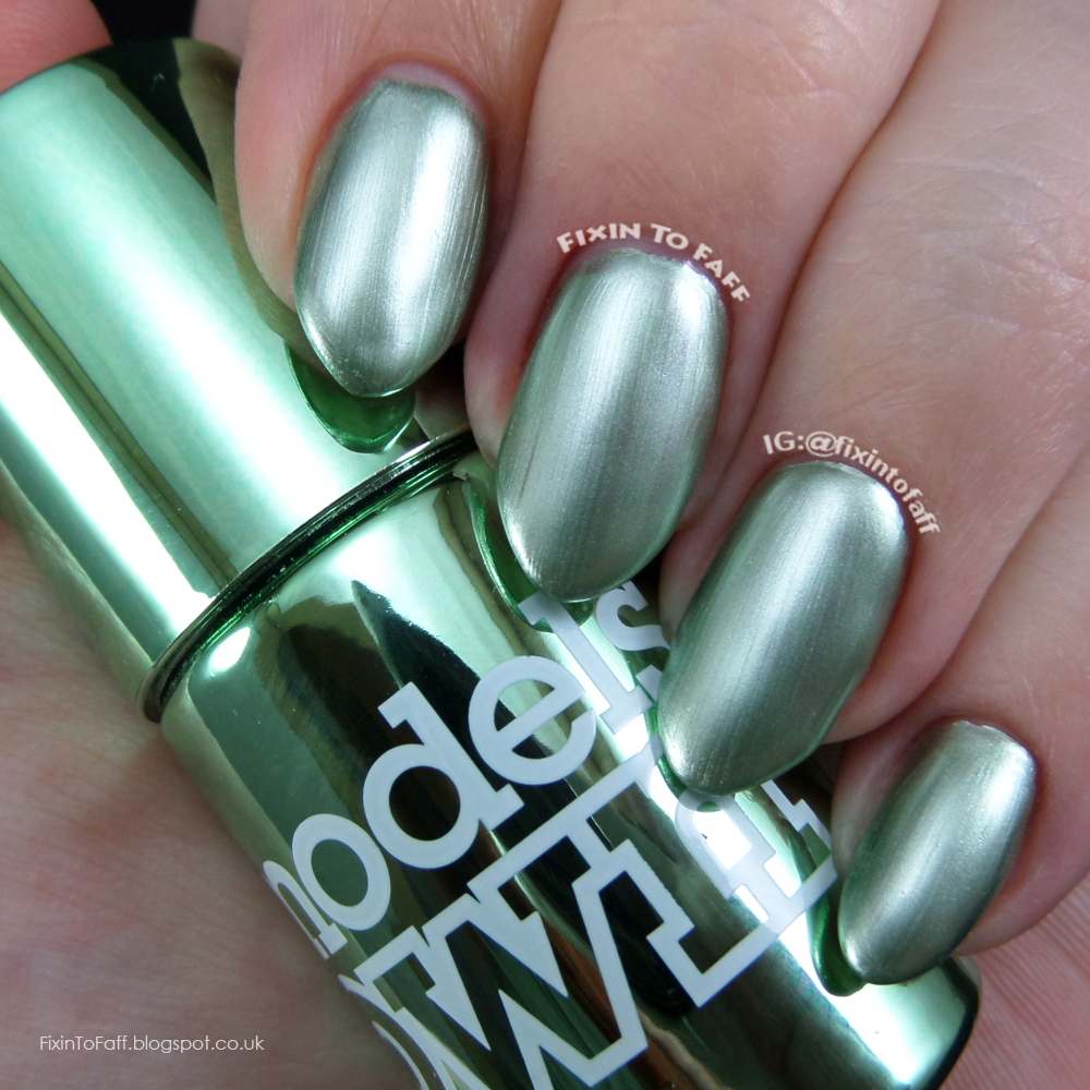Swatch and review of Models Own Colour Chrome collection, Chrome Green