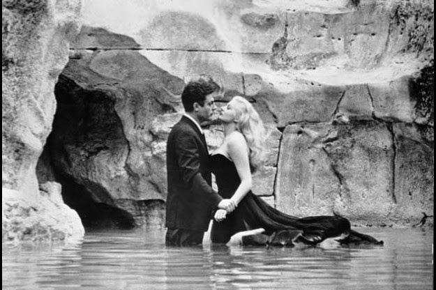 La triste muerte de  Anita Ekberg. dolce vita. fontana trevi