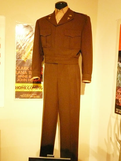 Debbie Reynolds costume exhibit Clark Gable suit by Lady by Choice