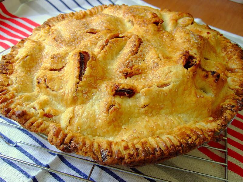 Pie O My: Martha's Mile High Apple Pie