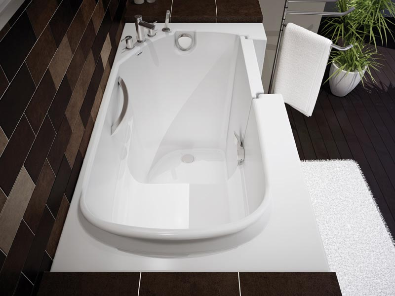 Minimalist Bathtub by Maax Professional