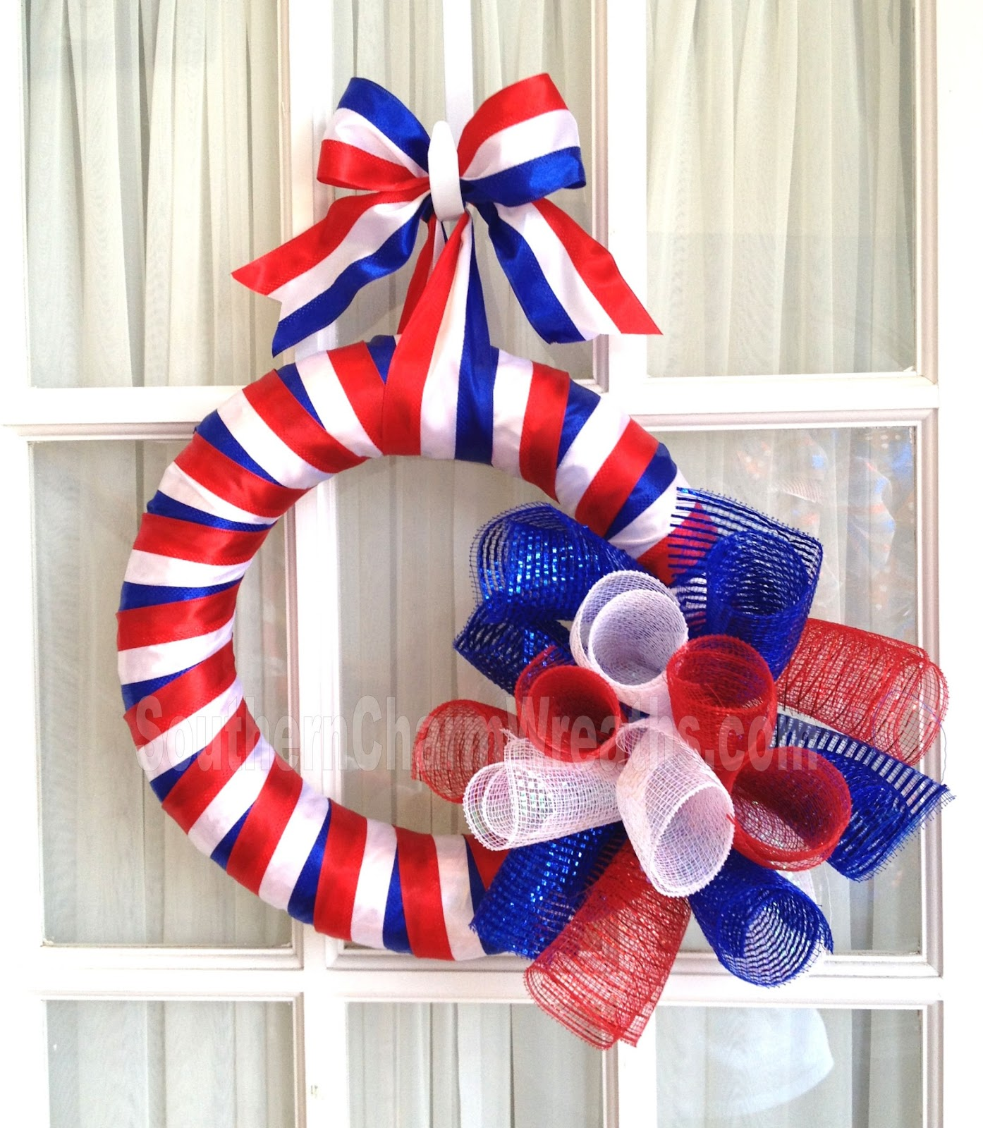 How to Make a Simple July 4th Door Wreath | Southern Charm Wreaths