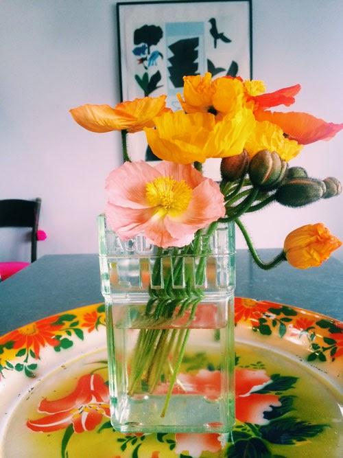 spring decorating via small acorns blog