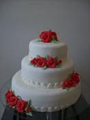 Bolo casamento(rosas vermelhas)