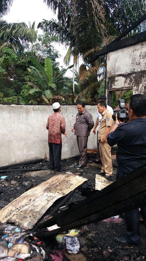 Sekolah Terbakar, Bupati Tinjau MTs Al Jamiatul Wasliyah Padang Matinggi
