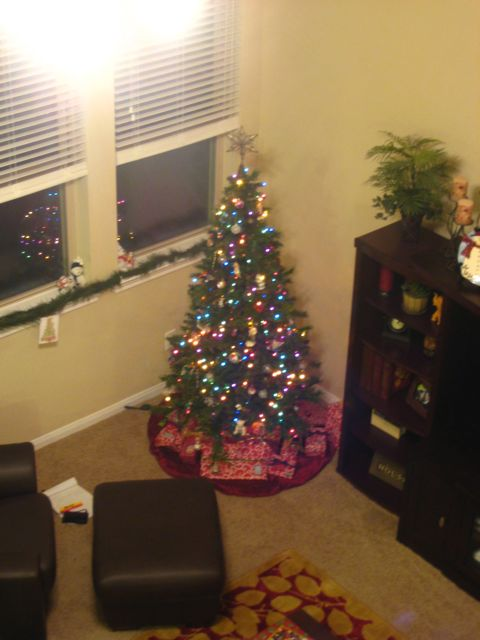 when do you put up the tree as soon as possible after thanksgiving not before haha - When Does Christmas End