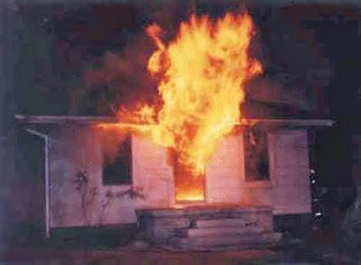 casa pegando fogo