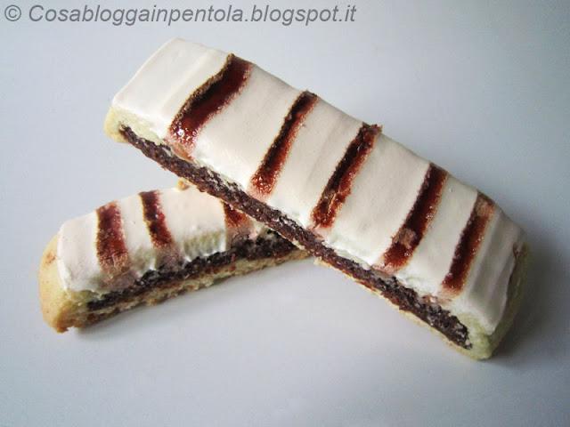biscotti amarena cosa blogga in pentola ricetta cosabloggainpentola