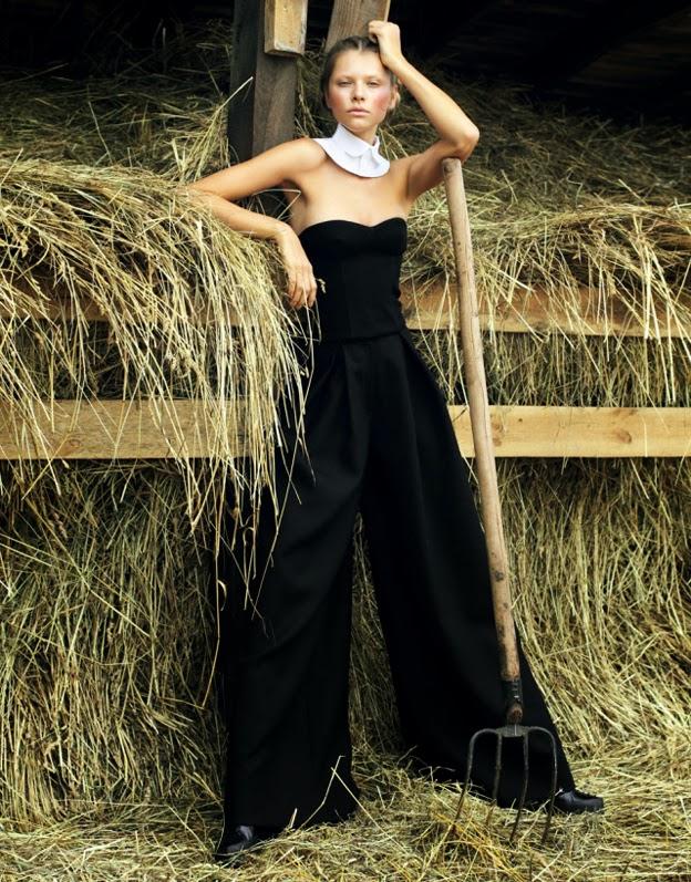 Yuliana Dmentyeva para Elle Ukraine