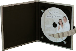 Estuche para CD/DVD abierto