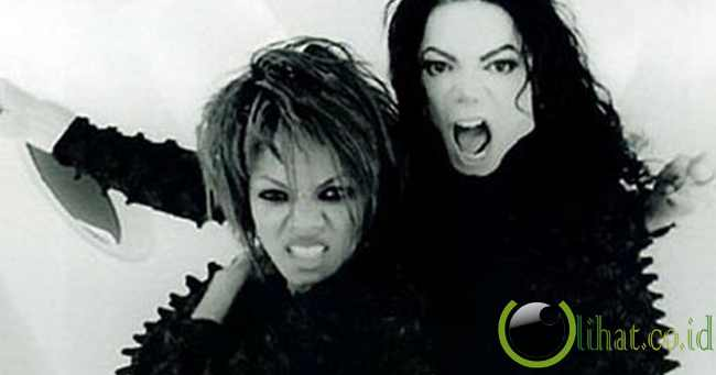 'Scream' - Michael Jackson ft. Janet Jackson