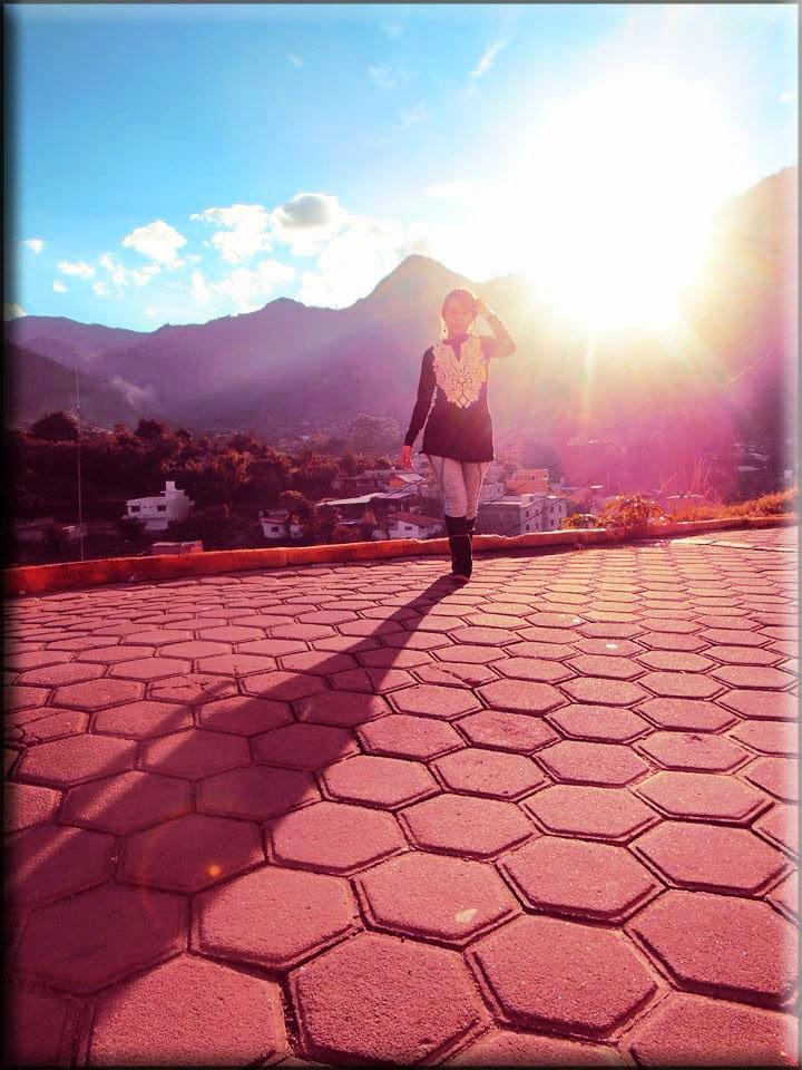 mi sombra bajo tu sol