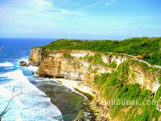 Attraction in Bali, Uluwatu