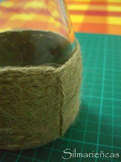 Cómo hacer de una botella un florero-